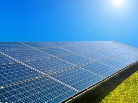 太陽光クリーンエネルギー